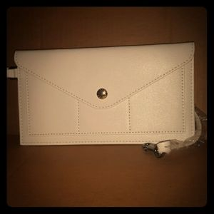 New DOONEY & BOURKE White Leather Snap Wallet